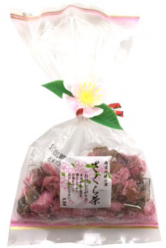 桜茶(南信州産桜の花を使用)
